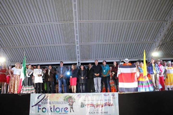 En este 2do Festival Internacional del Folklor fomentamos las danzas: alcalde