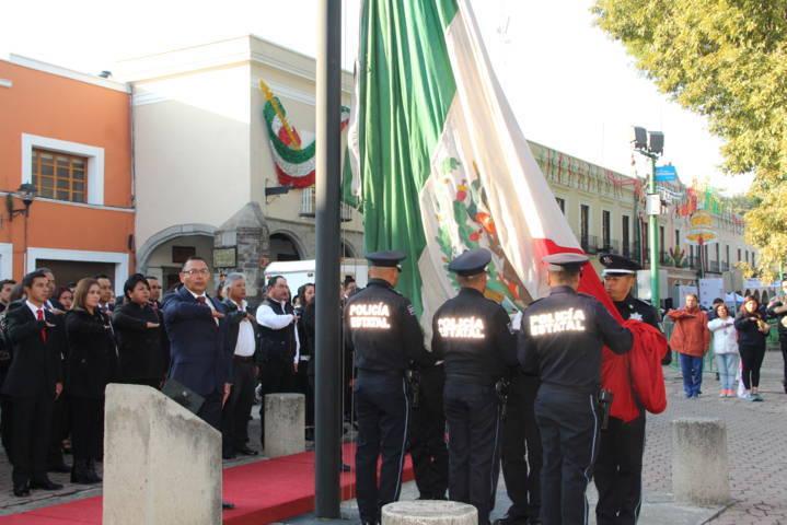 En este mes de septiembre fomentemos y respetemos los símbolos patrios: alcalde
