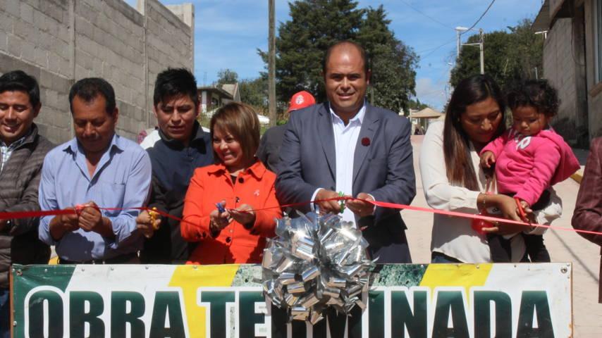 Alcalde entrega obra en Calzada Guadalupe por más de 2 mdp