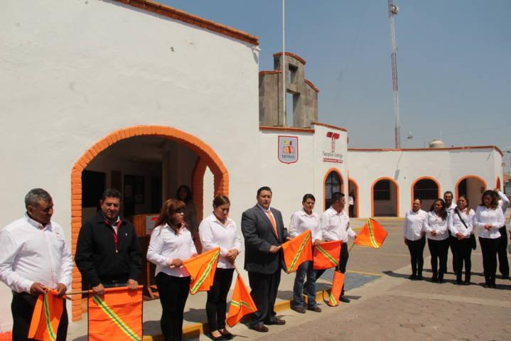 Alcalde pone en marcha los trabajos del 2do piso de la presidencia municipal