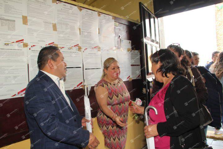 Carin Molina festejo a las mamás en su día con muchos regalos y sorpresas