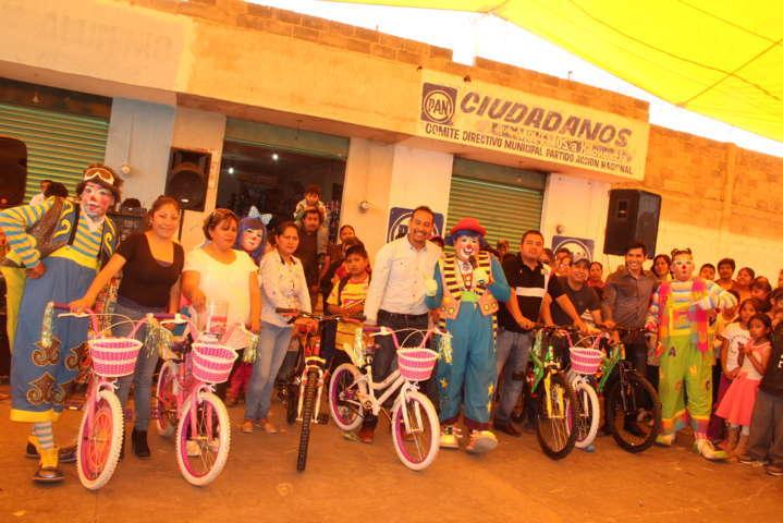 Lo más importante es ver las caritas de los niños felices: alcalde