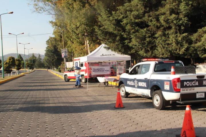 Seguridad pública municipal instala módulo de información y atención a visitantes