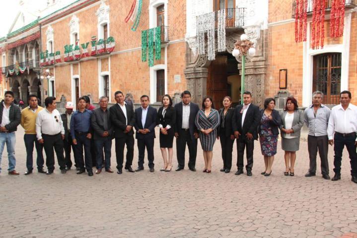 Pluma Morales encabezo homenaje cívico en la capital del estado
