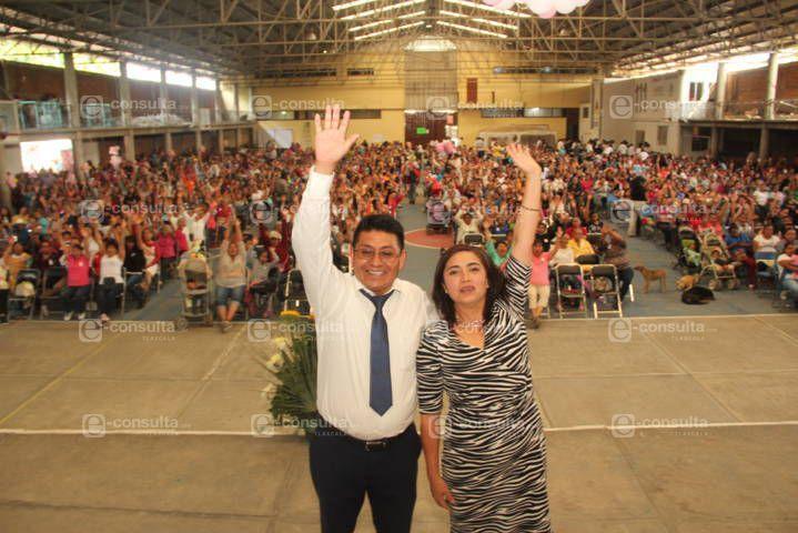 Ayuntamiento y SMDIF festejaron a las mamás en su día con muchas sorpresas