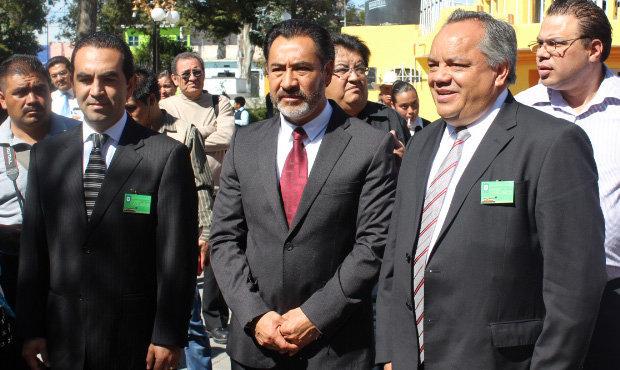Acude Alejandro Aguilar López al 163 Aniversario del nacimiento del Telégrafo en Nopalucan