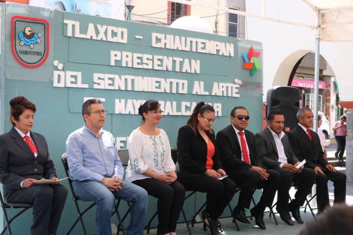 """Inauguran Héctor Domínguez y Gardenia Hernández exposición  pictórica """"del Sentimiento al Arte"""""""