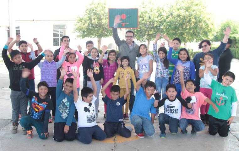 Disfrutan niños y niñas de Tezoquipan del programa