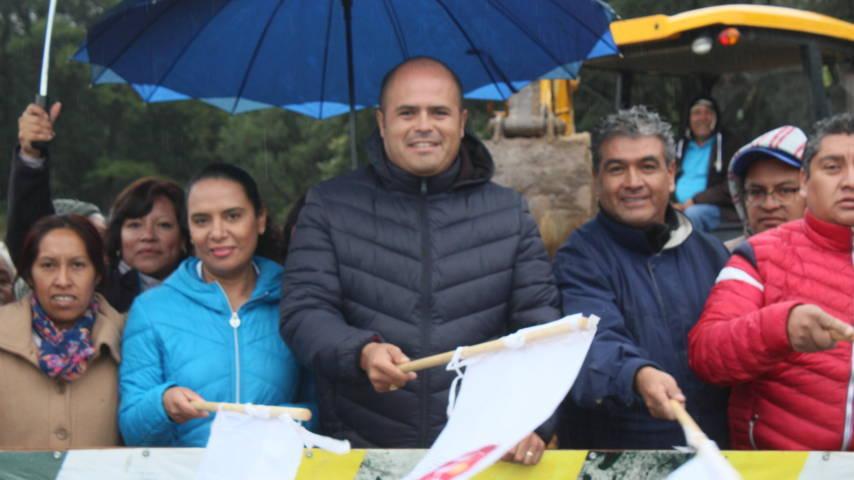 El nuevo panteón de Tlacochcalco contara con un tanque elevado de agua: alcalde