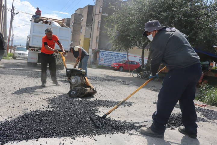 Bacheo, prioridad para Héctor Domínguez en todo el municipio sarapero