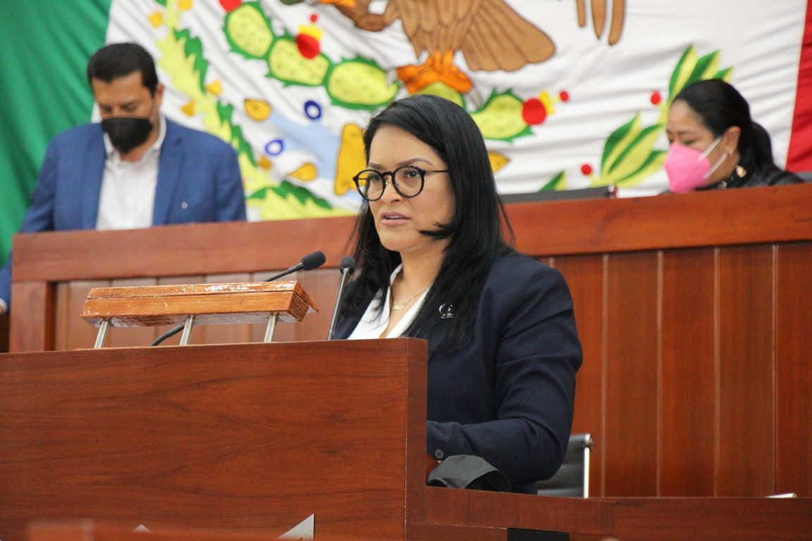 Propone Isabel Casas reforma para impulsar la transparencia y economía en los municipios