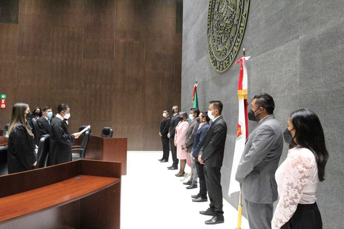 Rinden protesta ante el Pleno del TSJ ocho jueces municipales