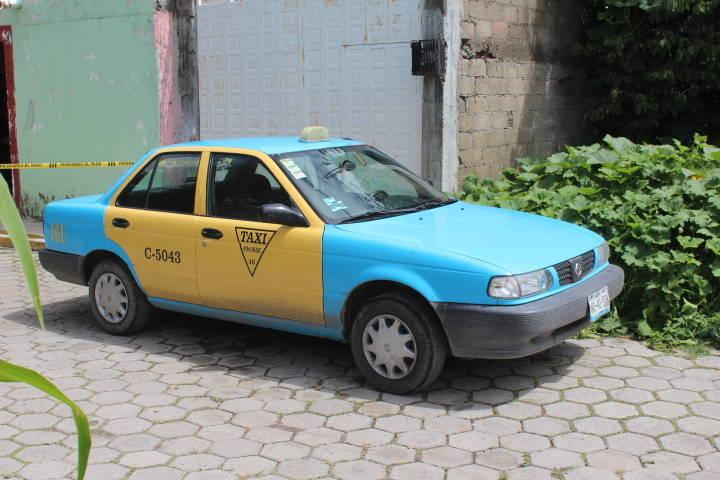 Recupera policía municipal de Xicohtzinco taxi robado en asalto