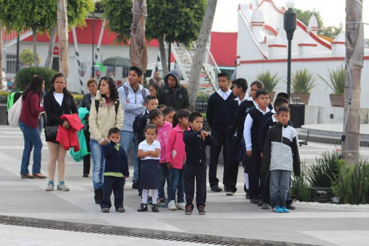 Los niños héroes de Chapultepec son recordados por su amor a la patria: alcalde