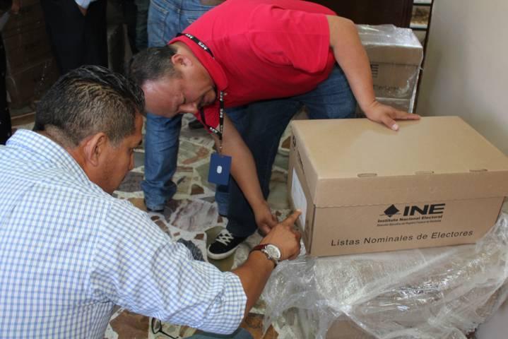 Entrega INE Tlaxcala listados nominales de electores a partidos y CI