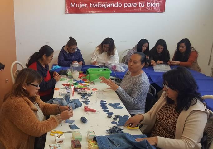 Impulsa ayuntamiento de Tlaxcala crecimiento económico y emocional de la mujer