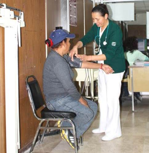 Al mes el IMSS detecta casi 100 tlaxcaltecas hipertensos