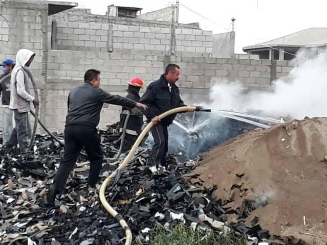 Seguridad pública y PC municipal sofocaron incendio de Desechos industriales
