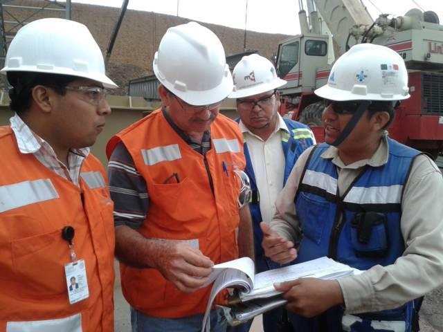 Previene STPS por falsos inspectores del trabajo