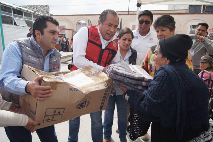 Familias vulnerables recibieron insumos para afrontar las bajas temperaturas