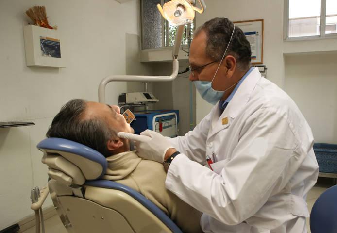 Afecta caries a 92.9% de usuarios de servicios dentales en México