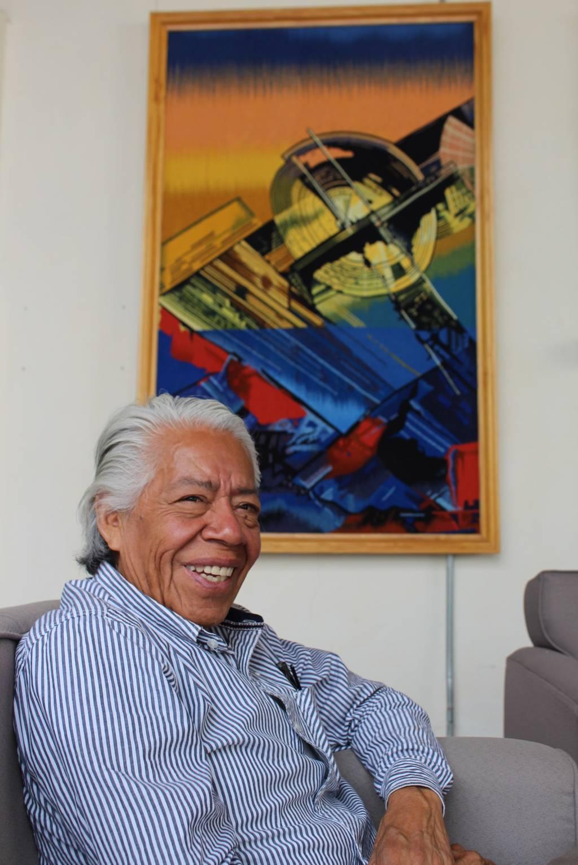 Difundirá Juan de la Cruz arte textil de Tlaxcala en España