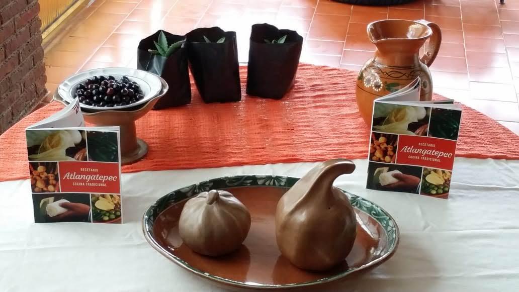 """Presenta ITC """"Recetario Atlangatepec, Cocina Tradicional"""""""