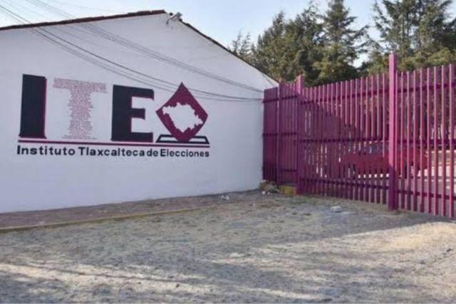 Obligan a personal del ITE a asistir al cierre de campaña de Anabell Ávalos