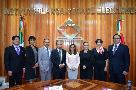 Asumen sus cargos nuevos consejeros electorales del ITE