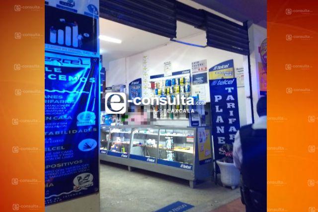 Asaltan tienda de celulares en Ixtenco a punta de pistola, hay un lesionado