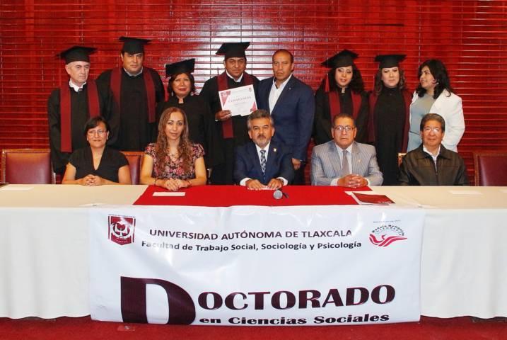 Se gradúa primera generación del Doctorado en Ciencias Sociales de la UAT
