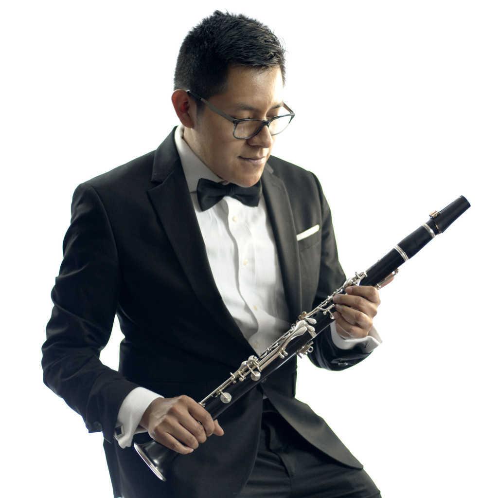 Clarinetista de Ixtacuixtla, realizará exámen de titulación en línea