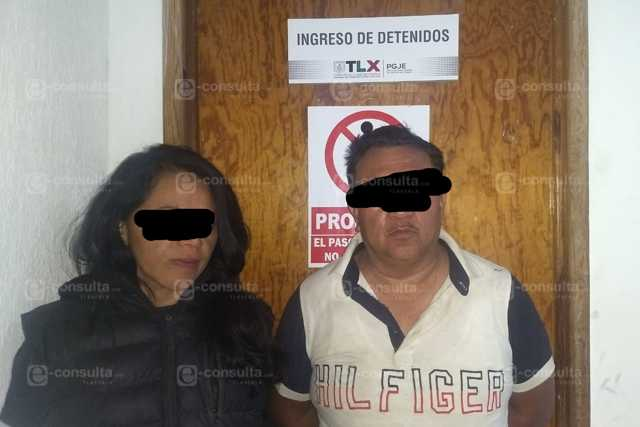 Policías de Zacatelco detienen a ladrones de coche