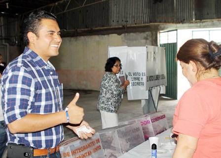 Gana la alcaldía de Apizaco Julio Hernández
