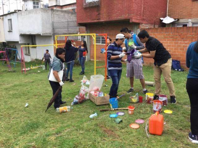 Encabeza Anabell Ávalos Jornada de limpieza en colonia Tres volcanes