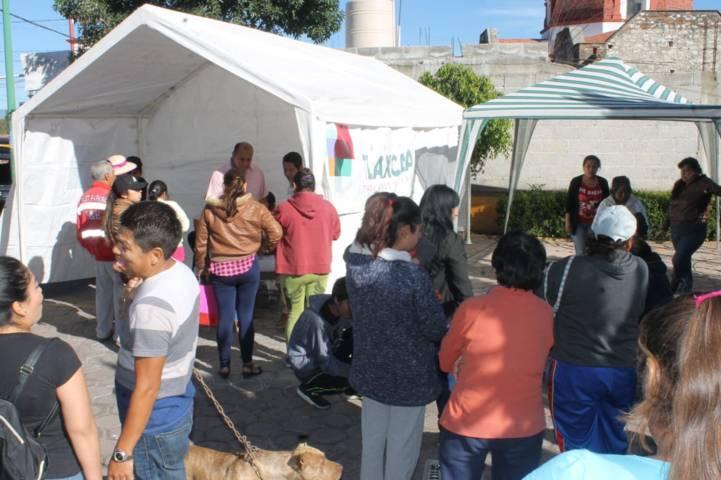 Se benefician habitantes de Cuauhtelulpan con Jornada Médica