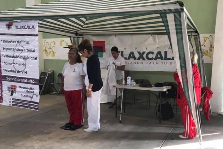 Continúan atenciones médicas gratuitas en la capital