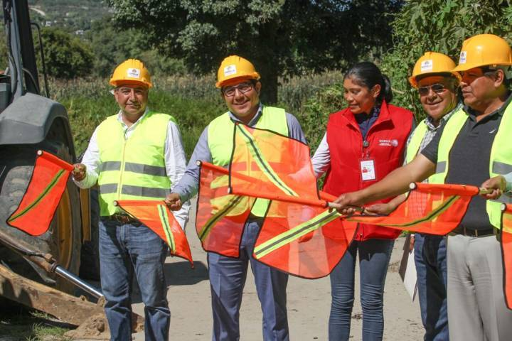 Inicia Giovanni Pérez Briones construcción de red de drenaje sanitario y cárcamo en Totolac