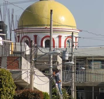 Alcalde mejora imagen urbana del municipio con nuevas luminarias
