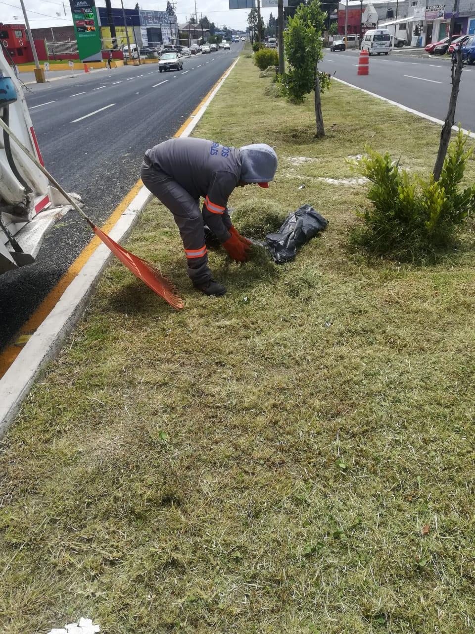 Intensifica gobierno de Xicohtzinco acciones de limpieza en el municipio