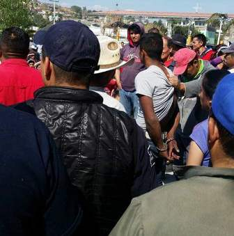 Pretendían pobladores linchar a ladrón en Tetlatlahuca
