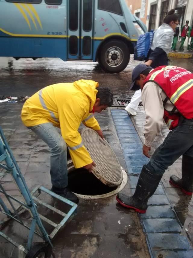Fuertes lluvias solo ocasionaron daños materiales: seguridad pública