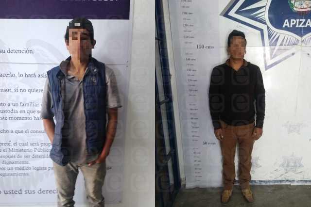 Detiene Policía de Apizaco a dos hombres con orden de aprehensión