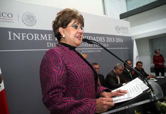 Qué se vaya Perla López del ISSSTE exigen derechohabientes