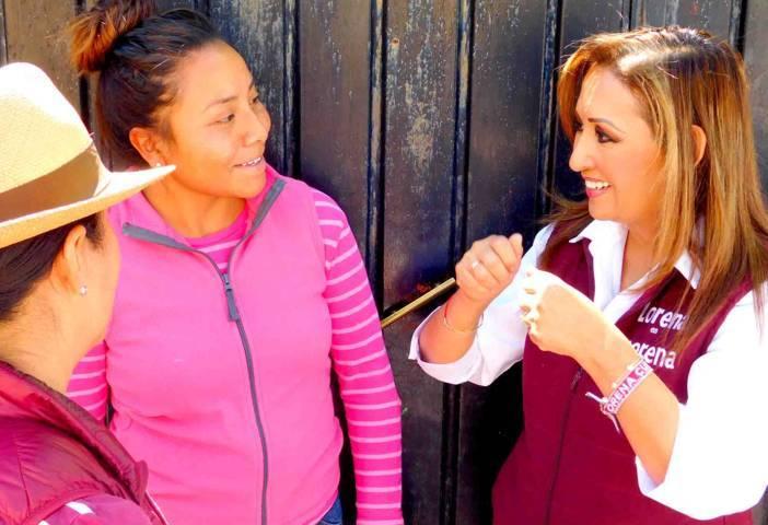 Mujeres de Hueyotlipan van con Lorena