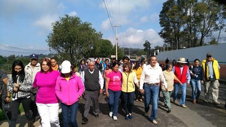 Llega Lorena Cuéllar al ITE para protestar contra el fraude