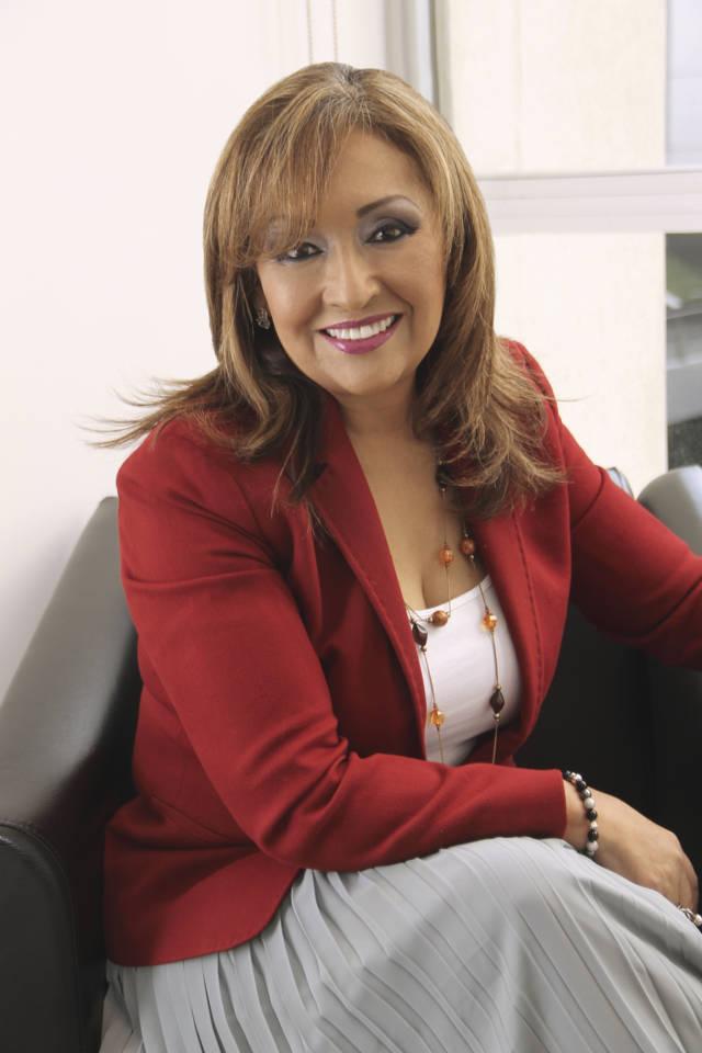 Lorena Cuéllar felicita a las mamás tlaxcaltecas