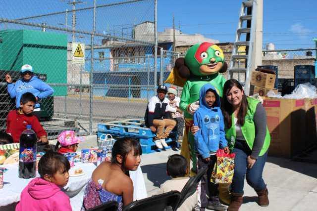 El SMDIF y Aurrera por 2do año obsequiaran juguetes a niños vulnerables