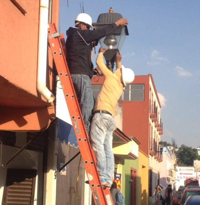 Inician cambio de luminarias en 800 faroles de la capital
