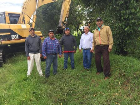 Ayuntamiento desazolva 15 kms de canales de aguas pluviales